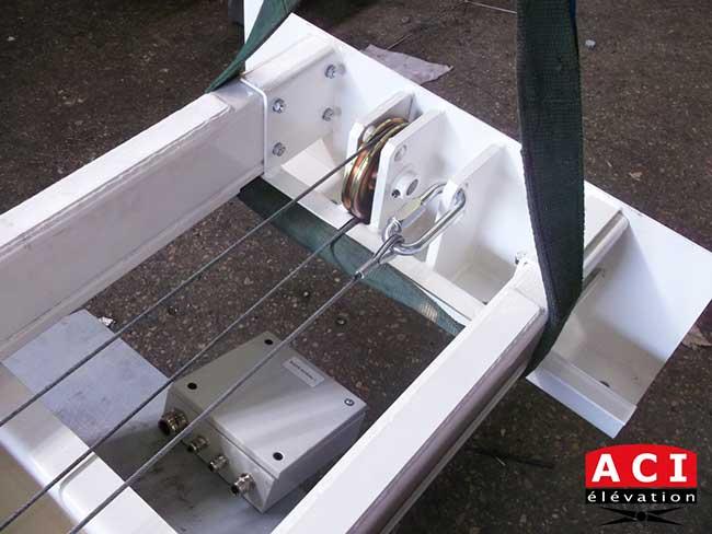 Monte-charge électrique fabricant français