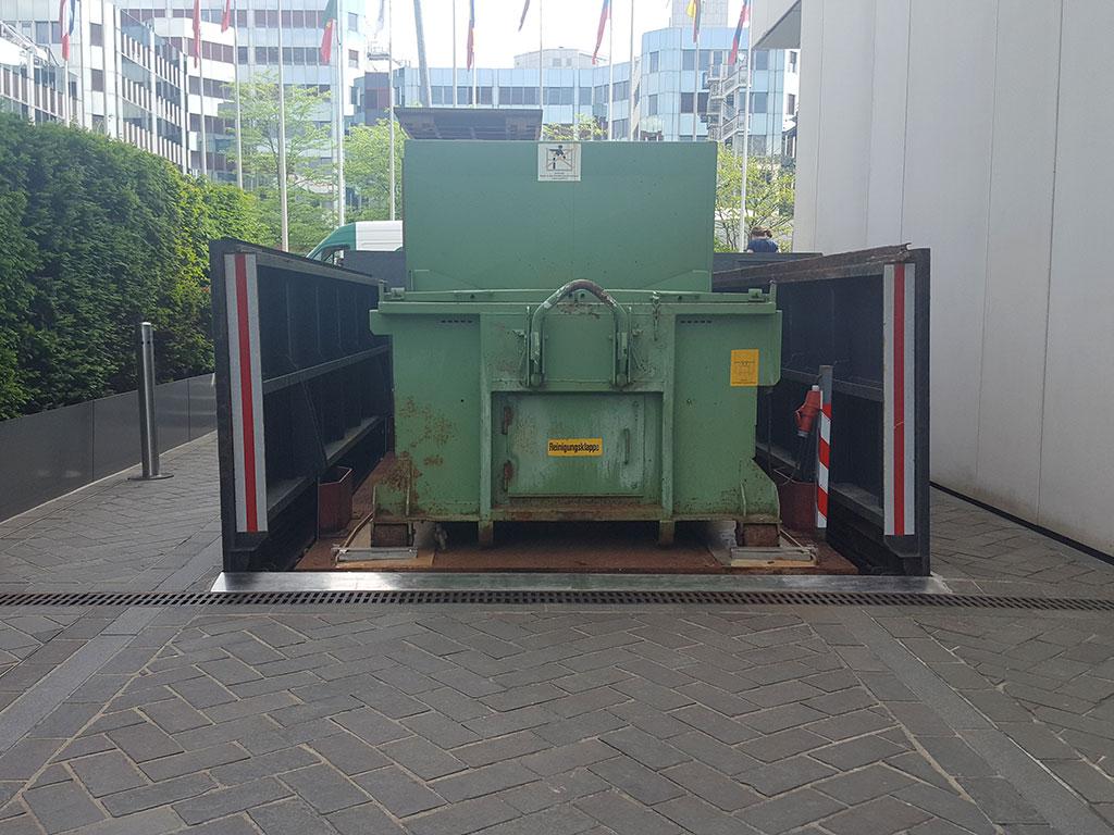 Monte benne à déchets 15 tonnes
