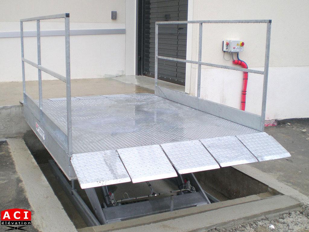 Table élévatrice de quai 4 tonnes