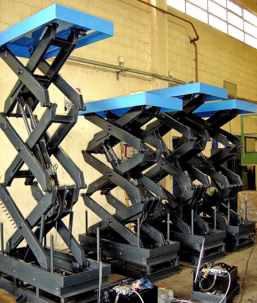 Tables élévatrices industrielles TUR 2X ET 3X